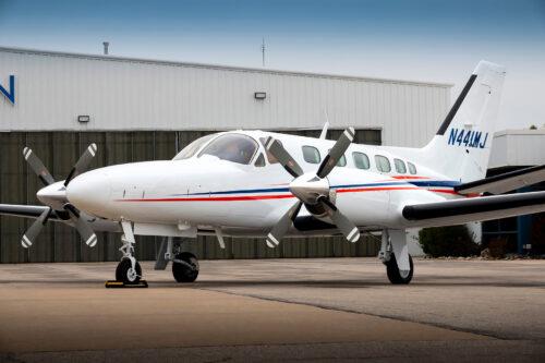 Cessna 441 Conquest paint