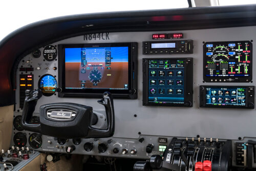 Avionic panel upgrade Cessna 421c
